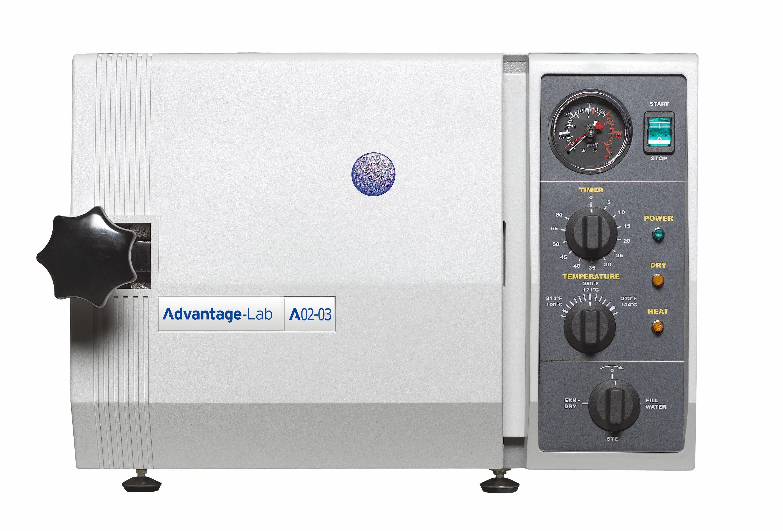 al02-03_autoclave_23l_semi_automatic_horizontal.jpg